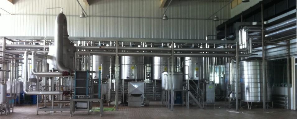 果汁饮料生产线—苹果汁生产线特点    * 处理量从60吨/天到1500吨